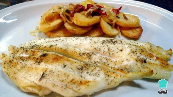 Receita de Linguado no forno com batatas