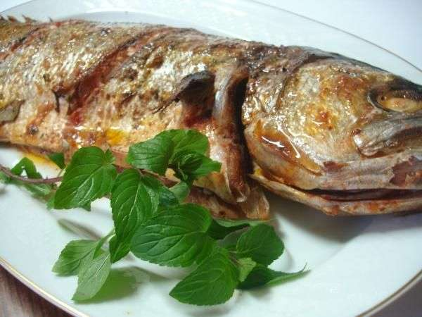 Receita de Peixe Assado Inteiro Tudo Gostoso