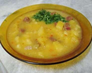 Receita de Sopa de Mandioca com Carne