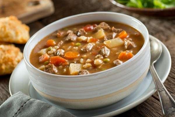 Receita de Sopa de carne com legumes especial