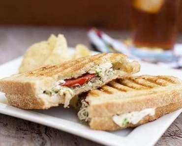 Receita de Sanduíche natural de frango bem temperado
