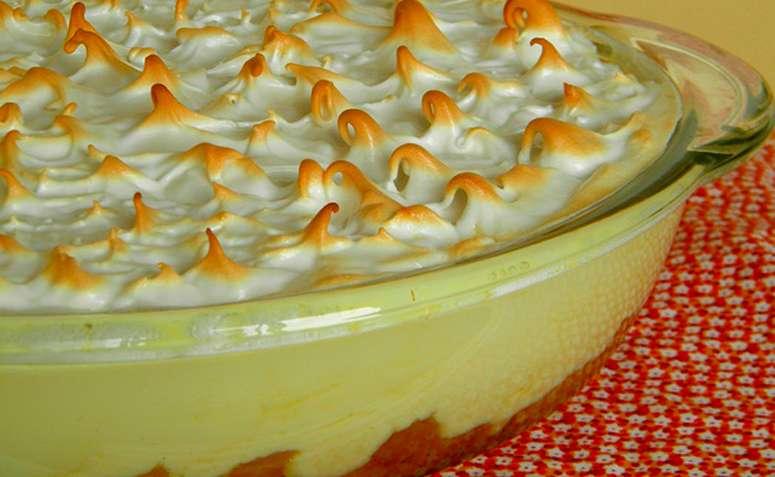 Receita de Torta gelada de abacaxi Diferente