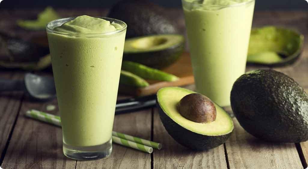 8 Receitas de Batidos com Abacate