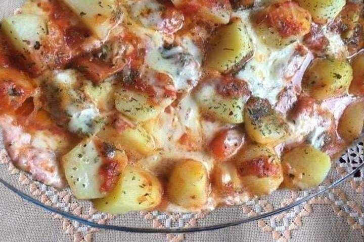 Receita de Linguiça no Forno com Batata e Queijo