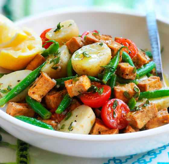 Receita de Salada de Batata Deliciosa com Legumes