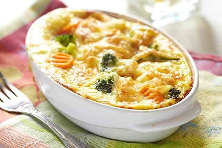 Receita de brócolis Gratinada com Frango Delicioso