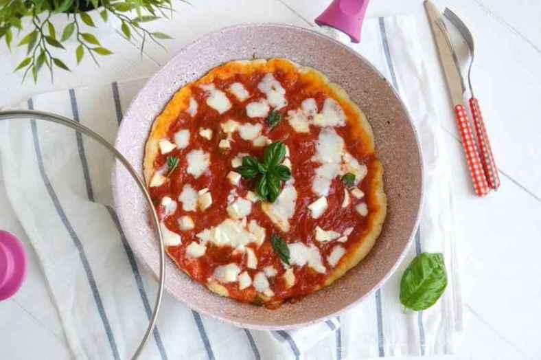 Receita de Pizza de Frigideira Tudo Gostoso