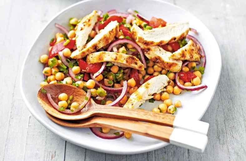Receita de Salada de Frango com Grão de Bico