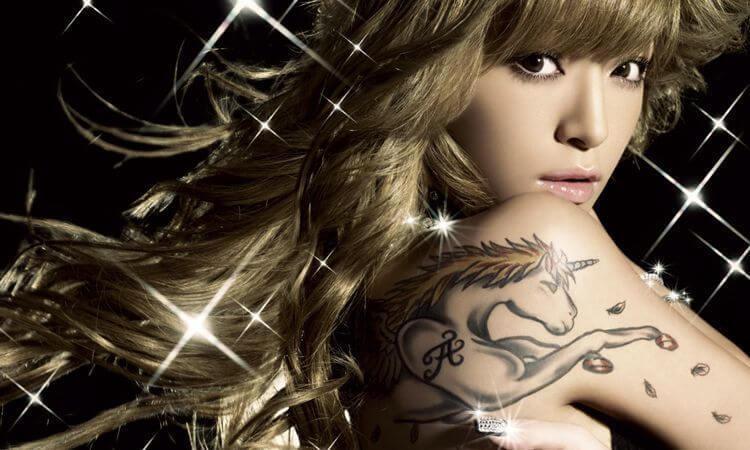 Ayumi promocionando su 8º album, Secret