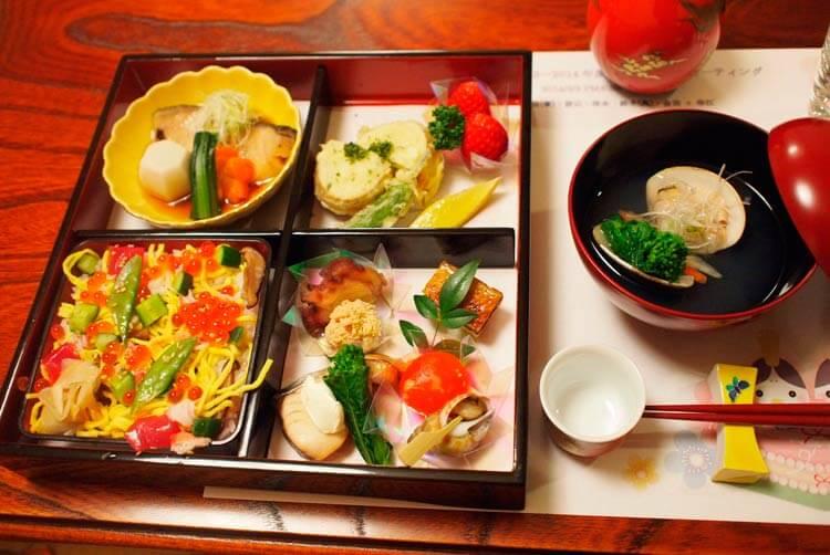 comida de hinamatsuri