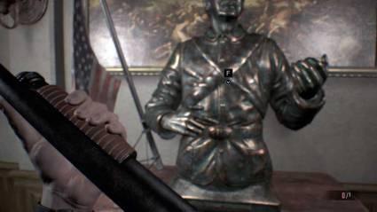 Este es uno de los puzles del juego, en donde tendremos que sustituir la tan ansiada escopeta, por una rota, todo un homenaje a un momento del primer Resident Evil.