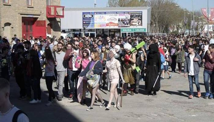 público asistiendo al evento