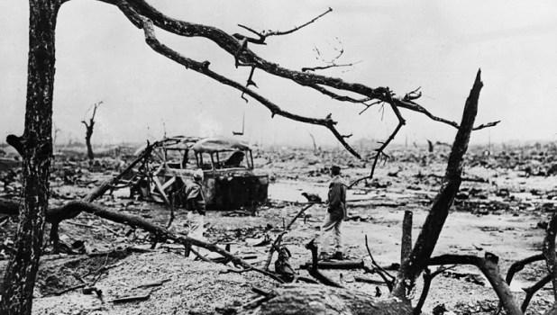 Devastación tras las bombas de Hiroshima y Nagasaki