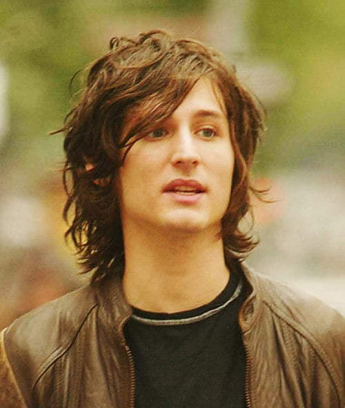 Nick Valensi Wavy Hairstyle Cool Mens Hair