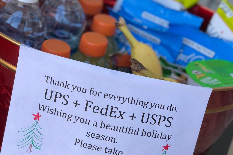 Can You Give Your Postal Carrier A Tip Or Gift Guidelines
