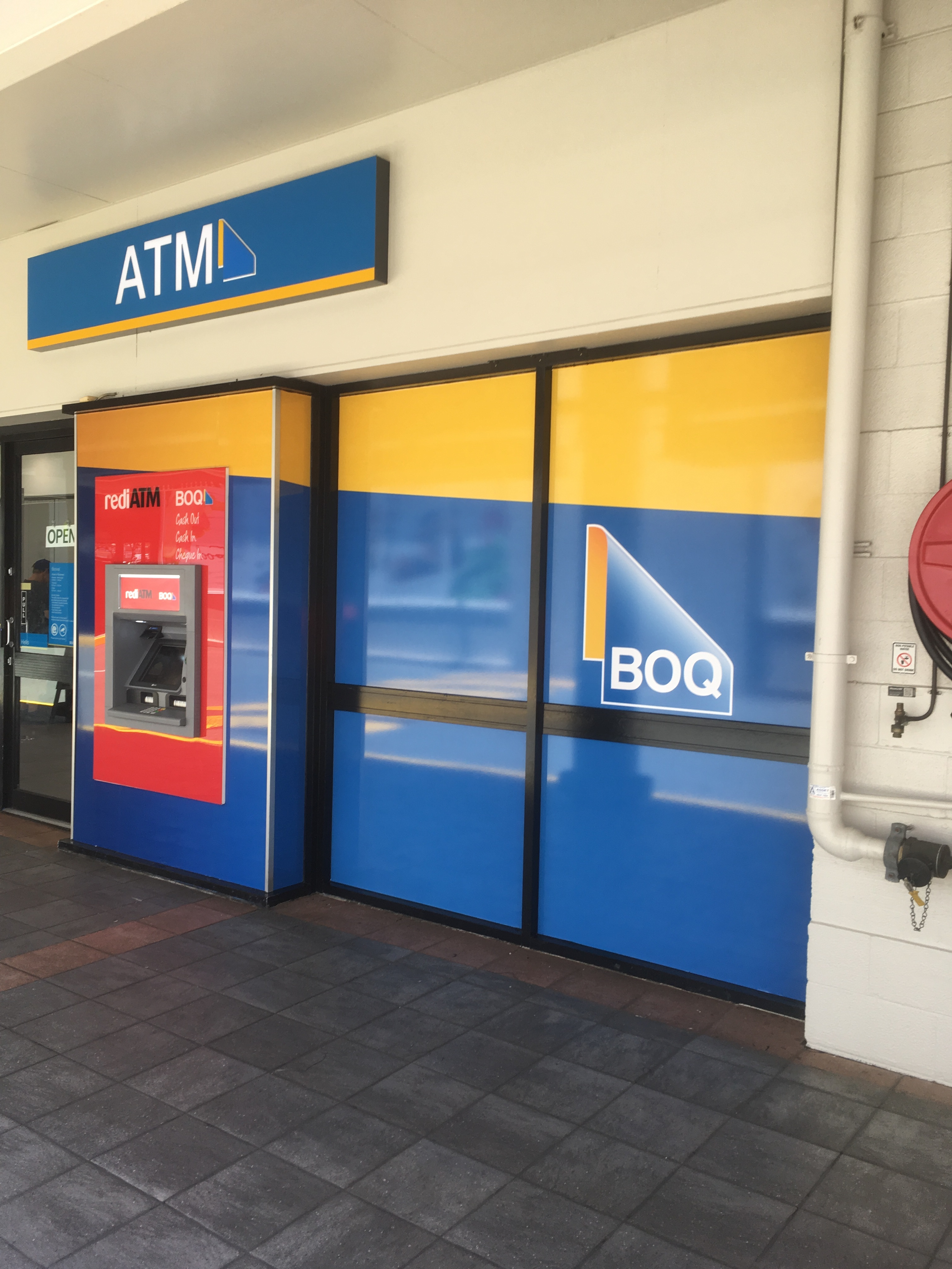 Bank Of QLD Graphics   Booval