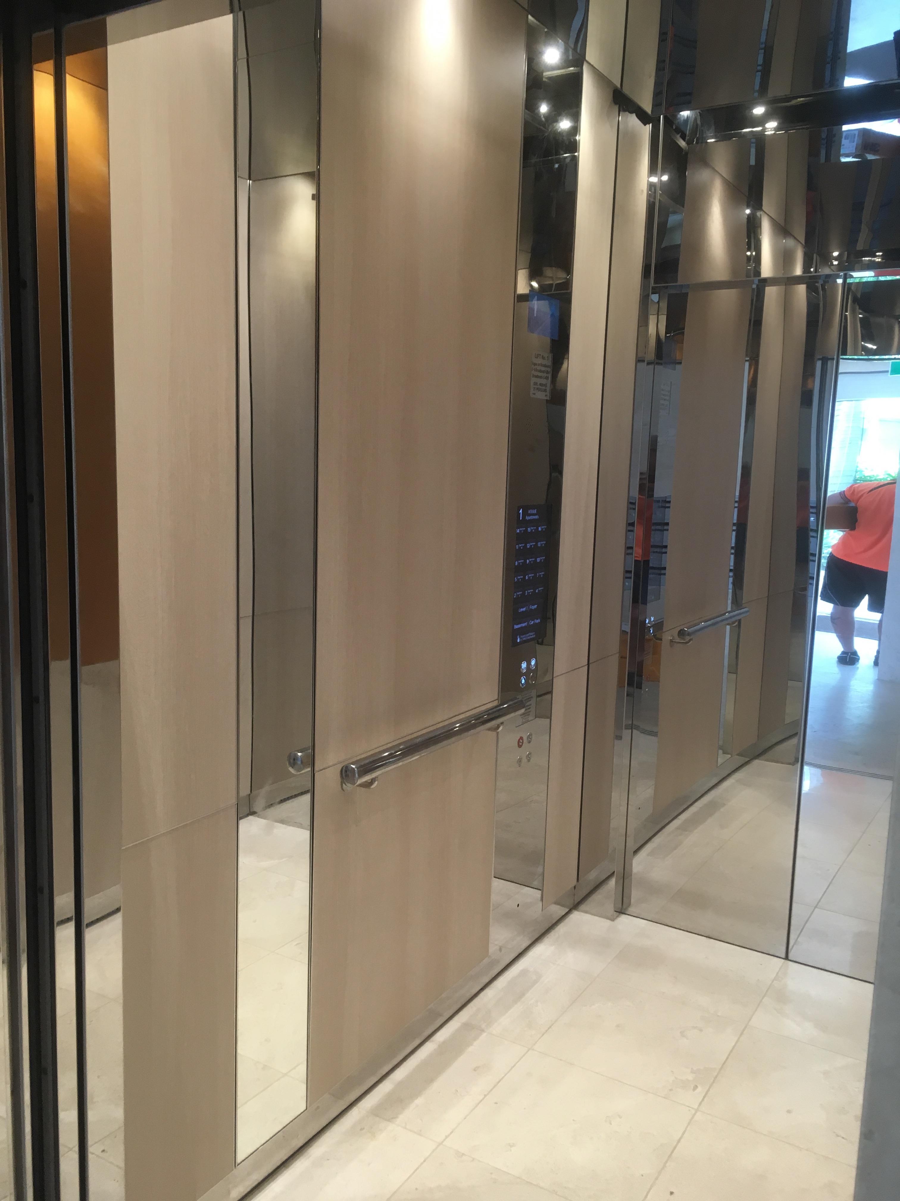 Elevator 3M Di-Noc | Broadbeach