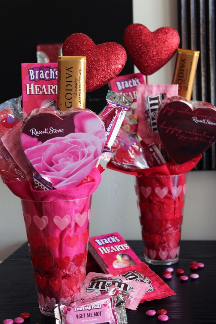 Valentine'sDay Gifts Ideas For Female Coworkers 2019