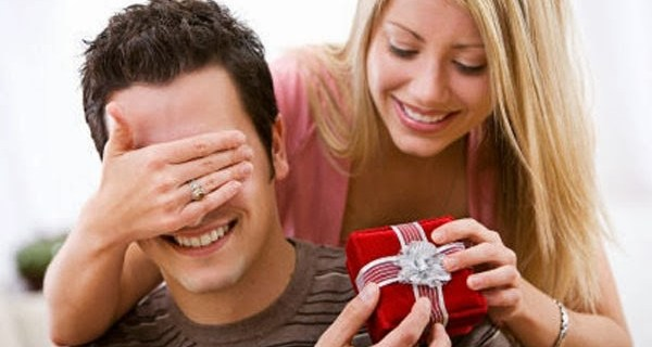 Valentines Day Gifts Ideas for Husband 2018