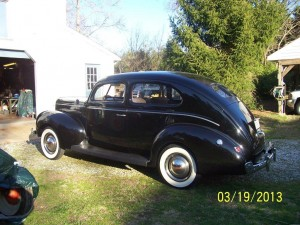 Johnnys 40 ford 2 door 4