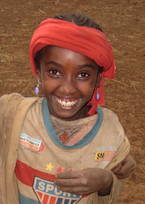 Pel poble, amb el poble i al poble / Por el pueblo, con el pueblo y en el pueblo africa etiopia gambo
