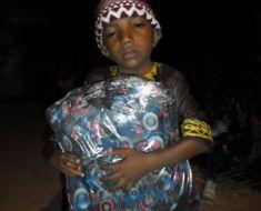 L'Association La Joie des Orphelins distribue des kits scolaires à 130 enfants nécessiteux