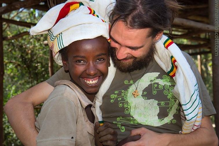 Iba a apadrinarte y me has hermanado dr alegria etiopia gambo