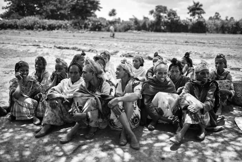 Quien alimenta una mujer alimenta una comunidad entera alegria gambo alegria sin fronteras dr alegria etiopia gambo