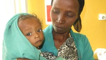 Ayúdanos a escribir la historia de una niñ@ en África - #GivingTuesday africa alegria gambo alegria sin fronteras dr alegria