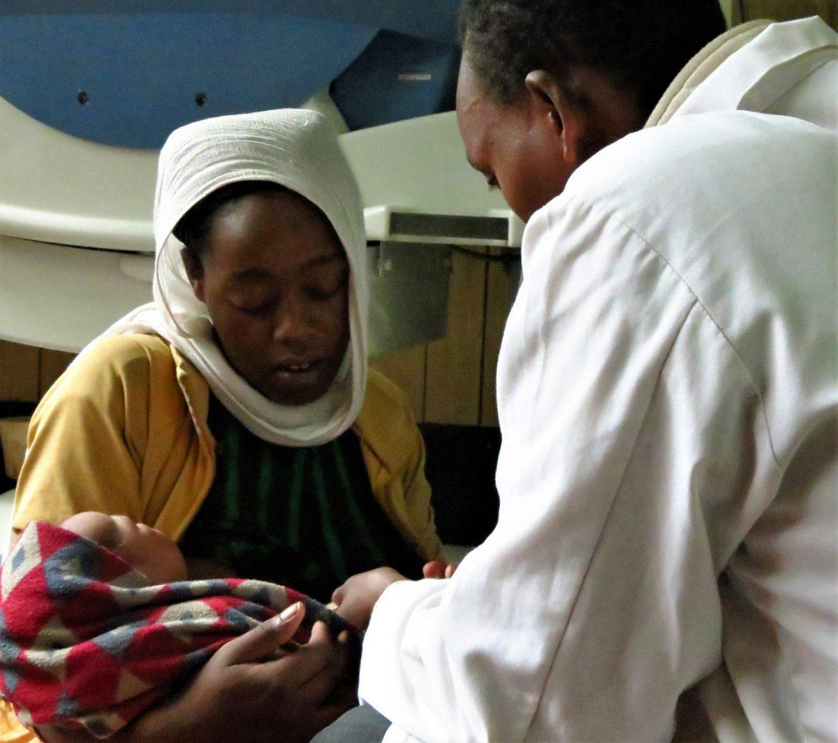 Por qué debes confiar en el médico que se ducha por las noches alegria gambo alegria sin fronteras etiopia
