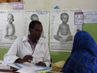 EMERGENCIA Hambruna: El virus del hambre se descontrola en Etiopía actualidad africa colabora cooperacion desnutricion dona dr alegria etiopia fam hambre teaming