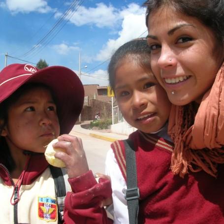 Cooperarperu, trabajando por los niños peruanos