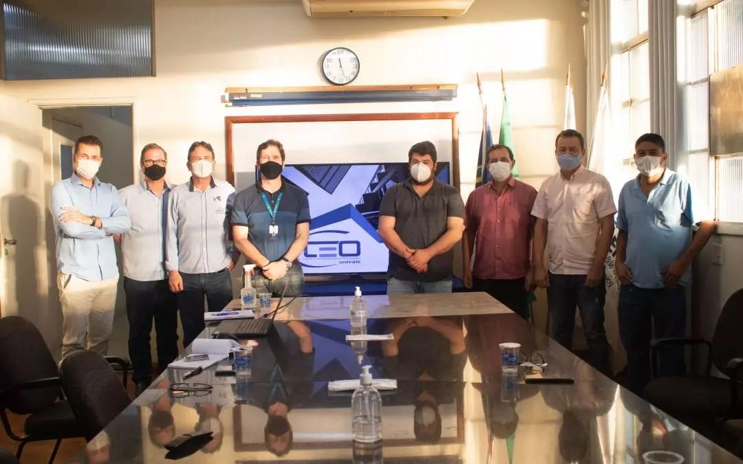 Na foto: Leonardo Carneiro, Alexandre Negri, Fernando Ferreira, Vinicius Viana, Ricardo Lacerda, Edmilson Valadão e Heber Marques.