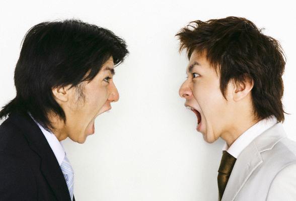 conflictbusinesspeopleyellingsmall1
