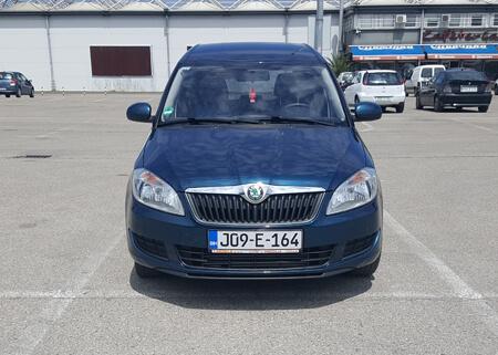 http://Škoda%20ROOMSTER%201.6%201