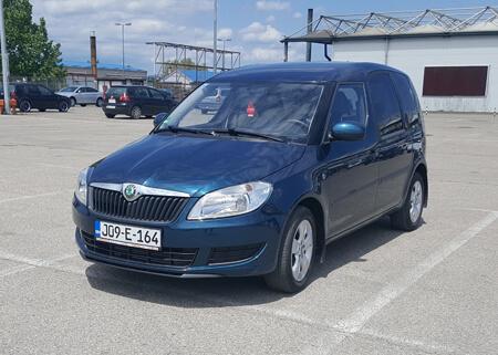http://Škoda%20ROOMSTER%201.6%202