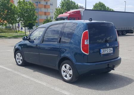 http://Škoda%20ROOMSTER%201.6%204