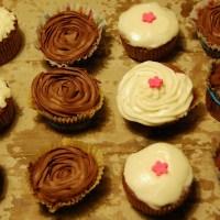 Cupcake-date: Gulerodscupcakes og cupcakes med Toms Skildpadder