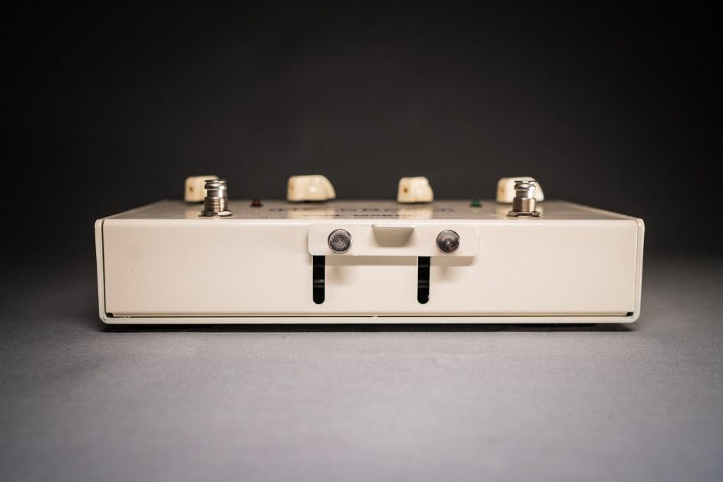 carl martin headroom dual spring reverb copenhagen fine guitars. Black Bedroom Furniture Sets. Home Design Ideas