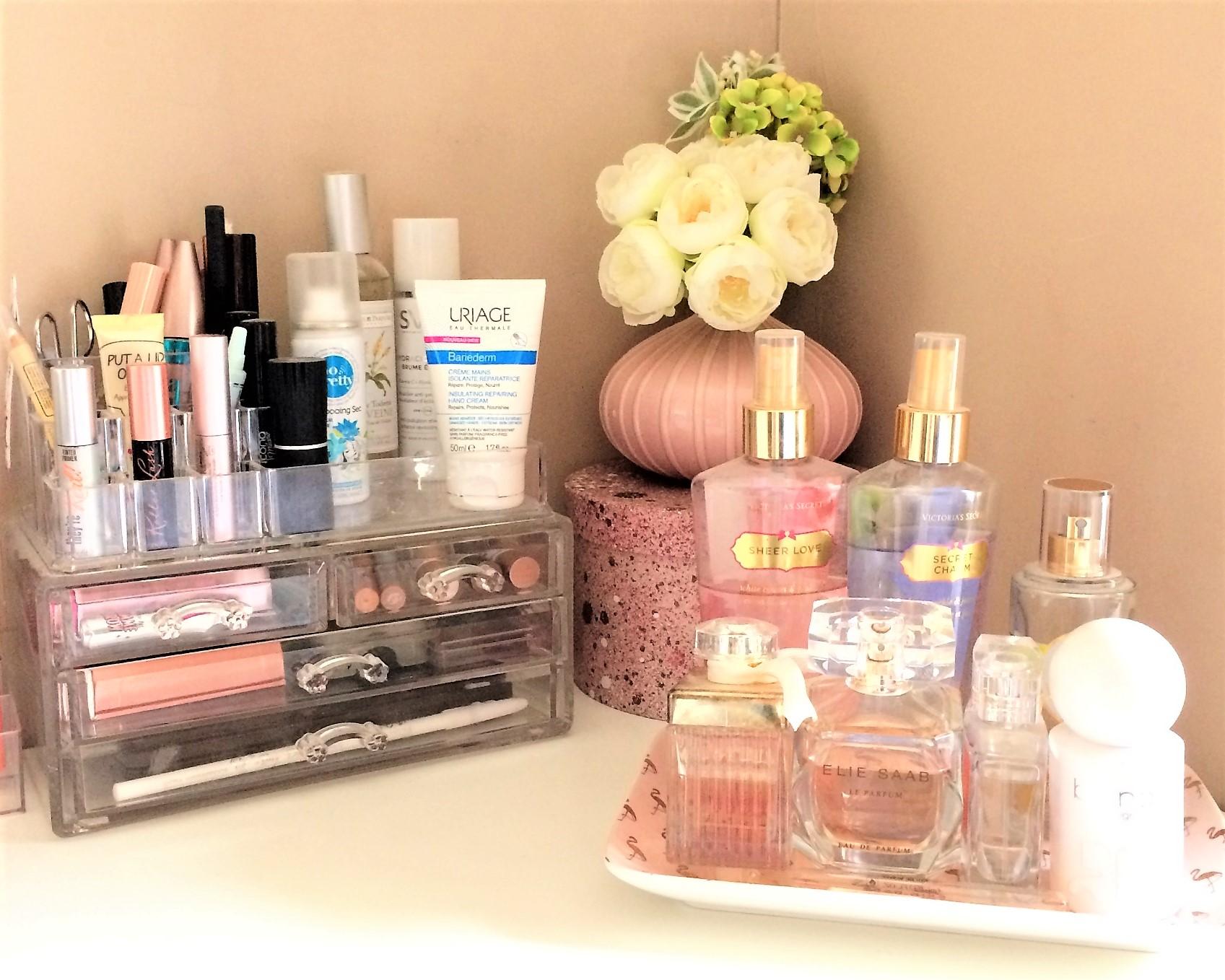 Rangement maquillage acrylique