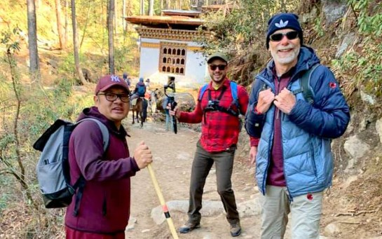 TKS-1.2 AGR Alb and Rob on Taktsang trail