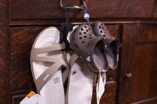 Countryside Showcase Burkholder Crocs
