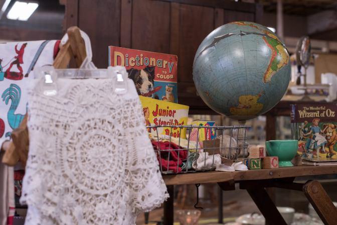 Dutch Lady Antiques Children's Books and Blocks