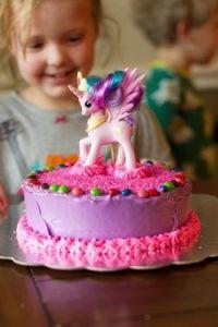 pony party, pony themed cake