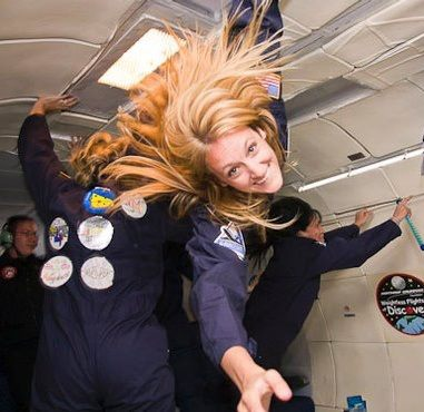 laura-zero-gravity-flight
