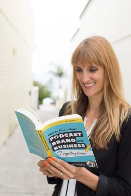 laura petersen copy that pops copywriting for podcasters amazon best seller book
