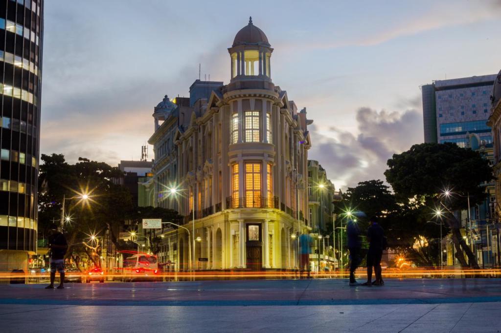 Casa Tropical Estreia No Carnaval Do Recife Com Curadoria Do