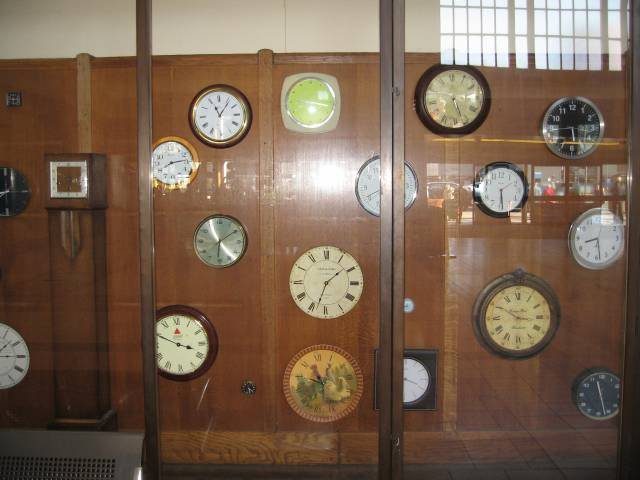 Vintage clock installation