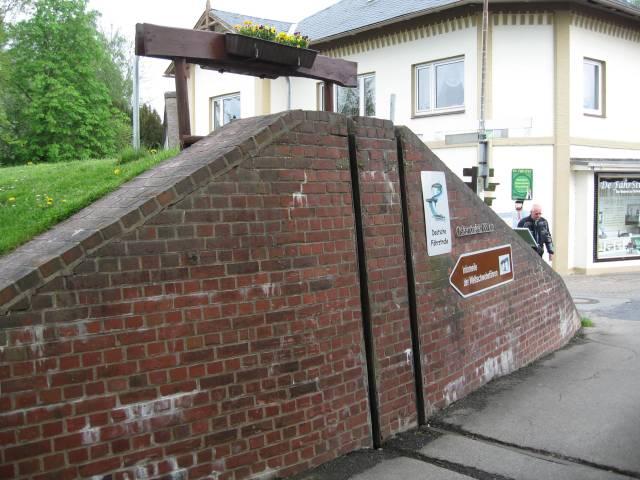 Osten flood gates