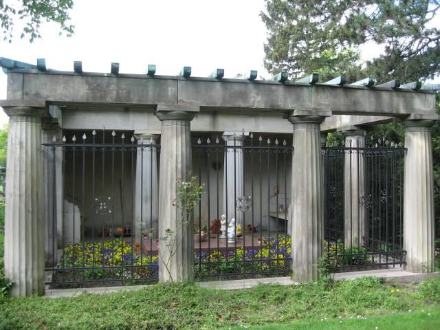 Walle cemetery mausoleum